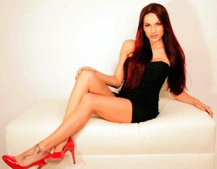 Аманда Карриер (Amanda Carrier) фитнес модель