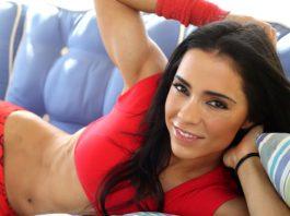 Андреа Бразер (Andreia Brazier) фитнес модель