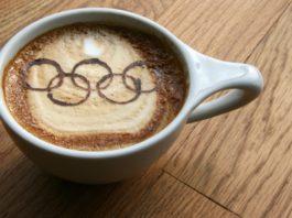Чашка кофе с олимпийскими кольцами