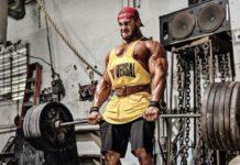Тяжелая становая тяга в тренажерном зале