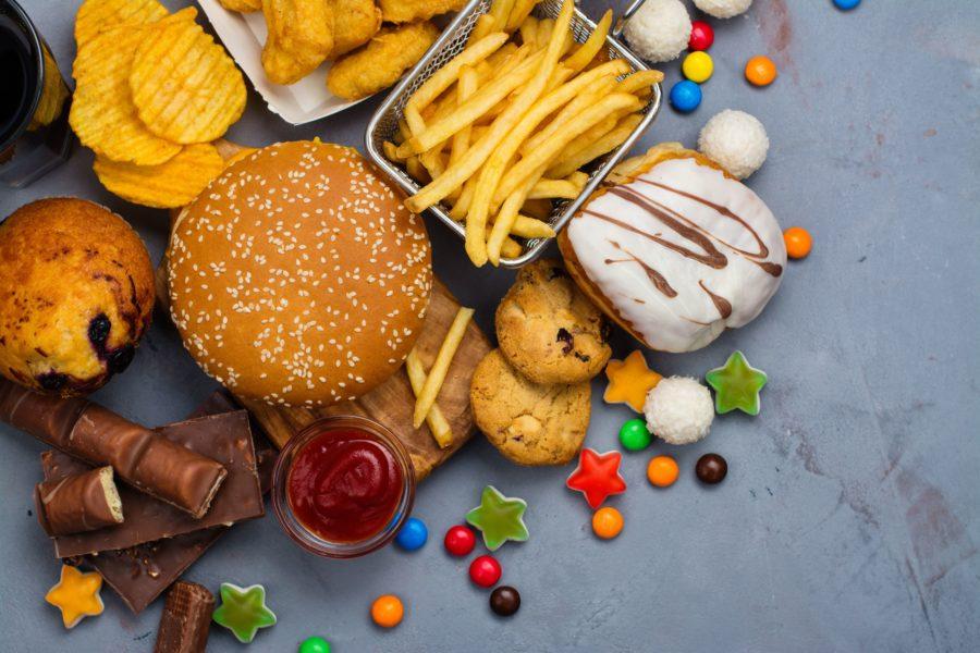 Фастфуд, картошка фри, пончики, сладости