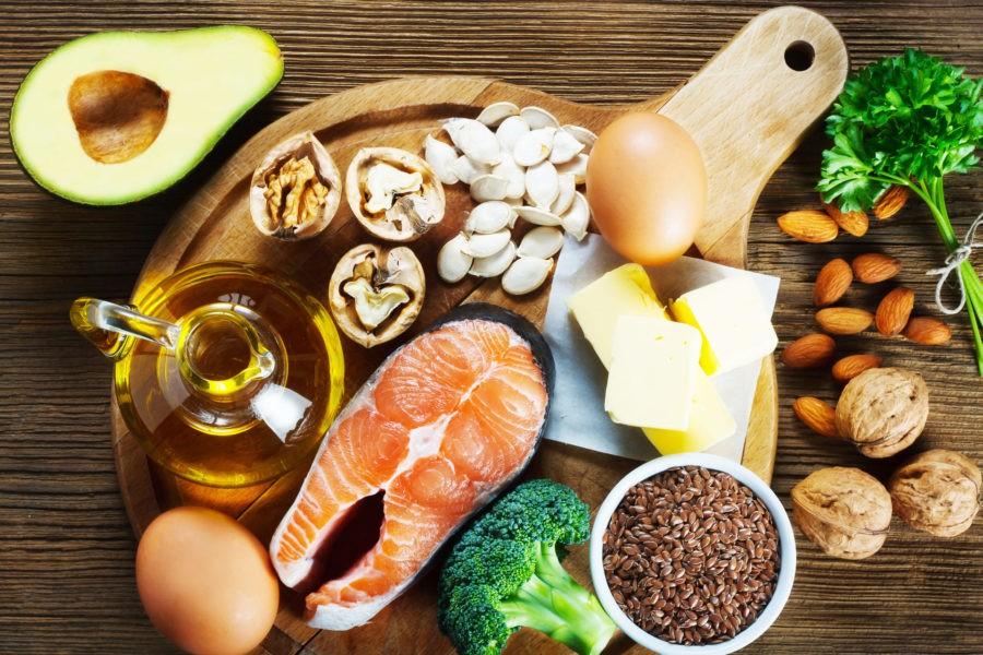 Гречка, оливковое масло, рыба, яйца, сыр