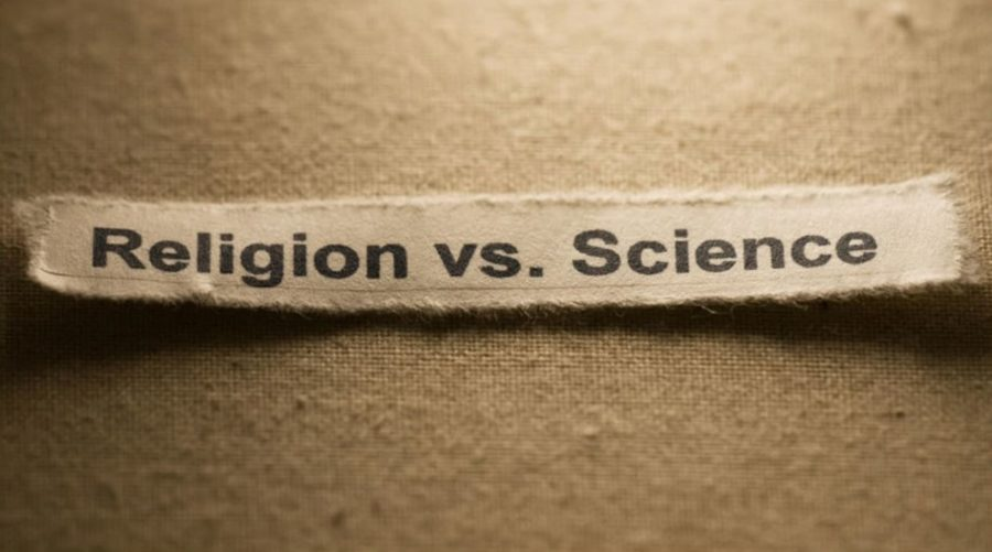 Табличка: религия против науки