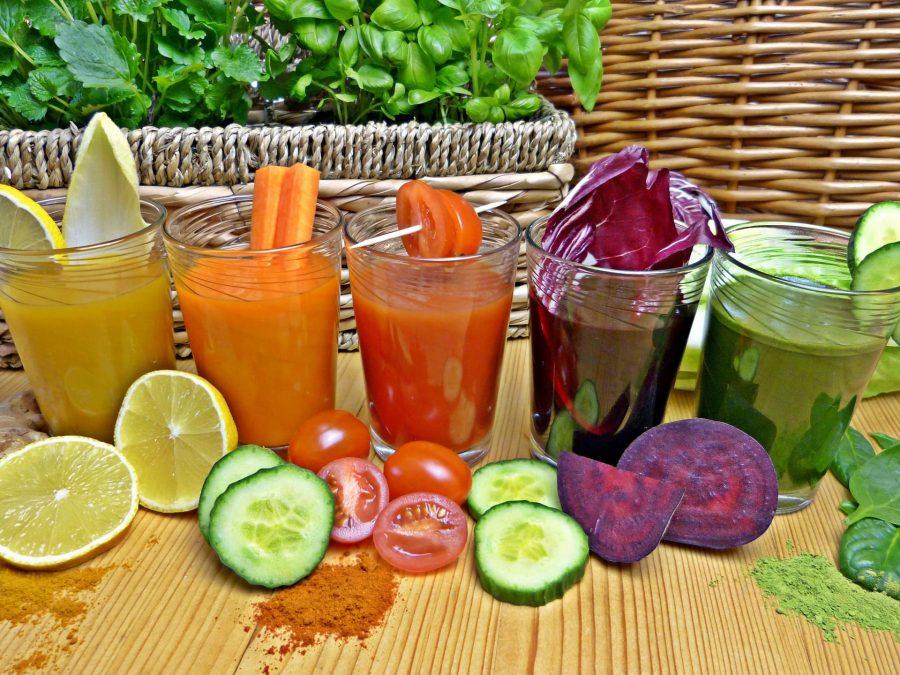 Огуречный, свекольный, томатный и лимонный сок