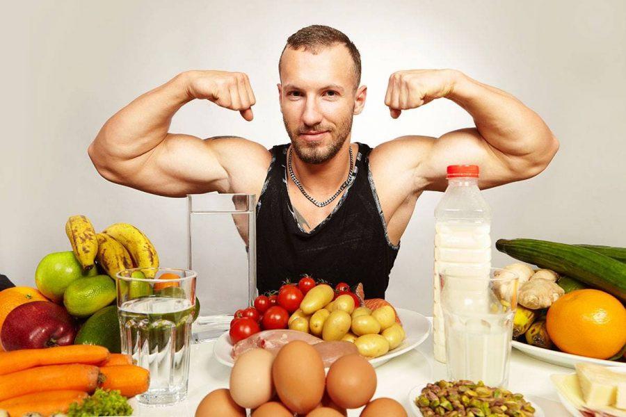 Культурист и продукты питания