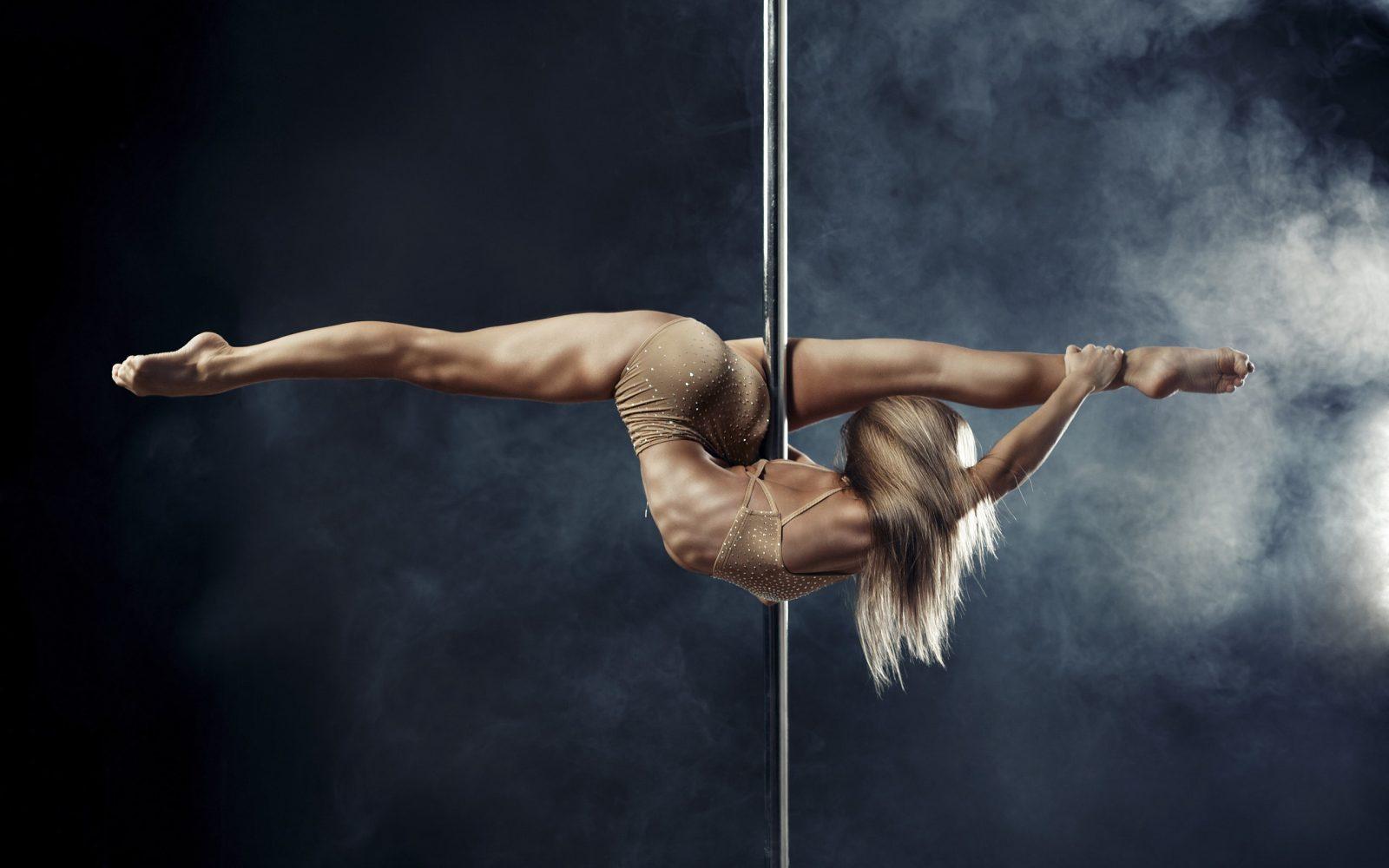 Pole Dance (танцы на шесте)